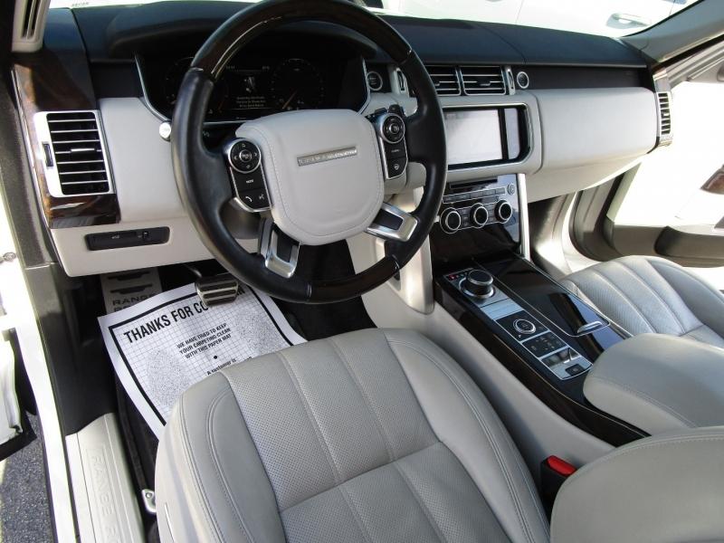 Land Rover Range Rover 2014 price $36,995