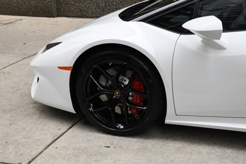 Lamborghini Huracan 2018 price $249,755