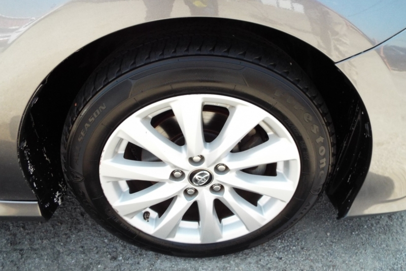 Toyota Camry 2018 price $1995 *DOWN