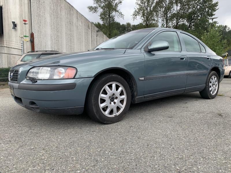 Volvo S60 2002 price $2,195