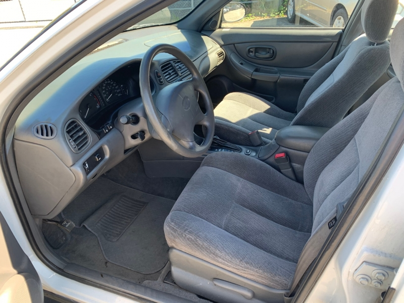 Oldsmobile Intrigue 2000 price $1,000