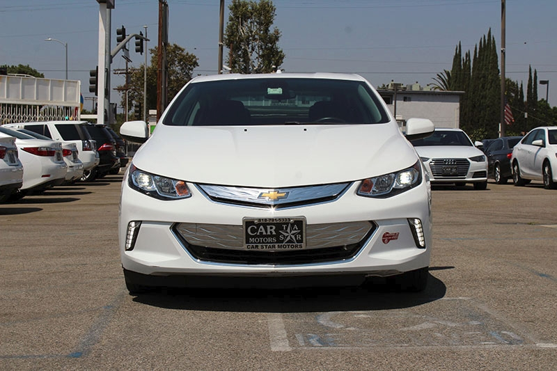Chevrolet Volt 2017 price $17,998