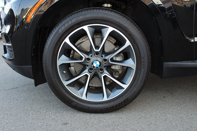 BMW X5 2017 price $33,998