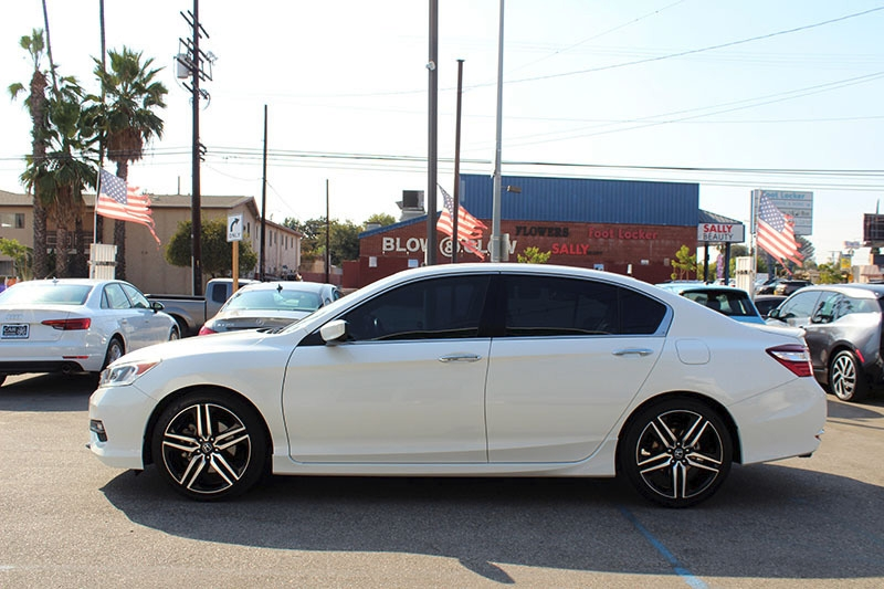 Honda Accord Sport 2017 price $17,998