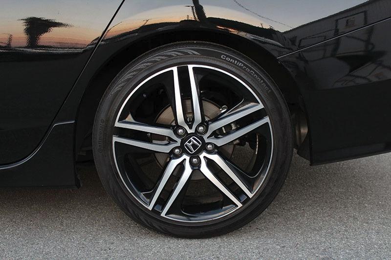 Honda Accord Sport 2017 price $21,998
