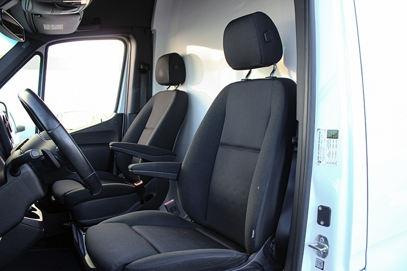 Mercedes-Benz Sprinter Cargo Van 2019 price $39,998