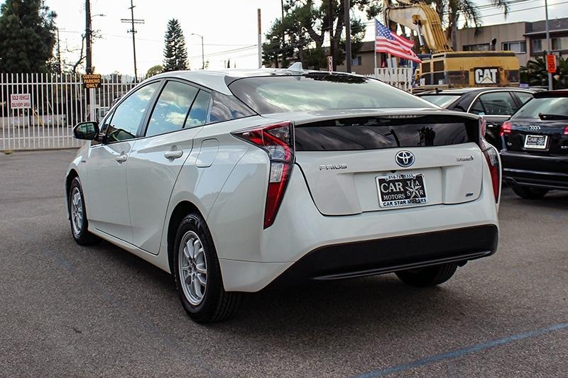 Toyota Prius 2017 price $16,698