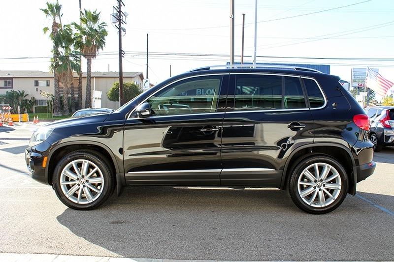 Volkswagen Tiguan 2012 price $12,998