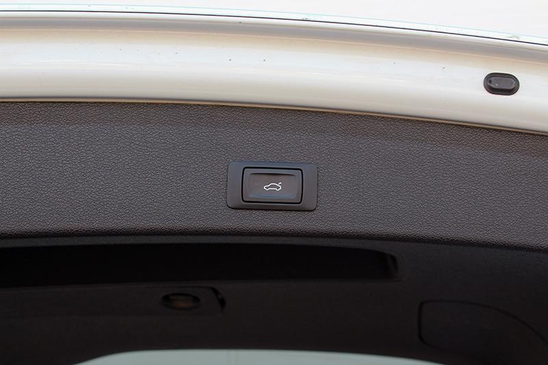 Audi Q5 2015 price call for price