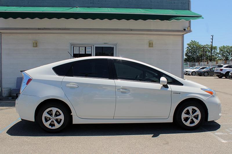 Toyota Prius 2015 price call for price