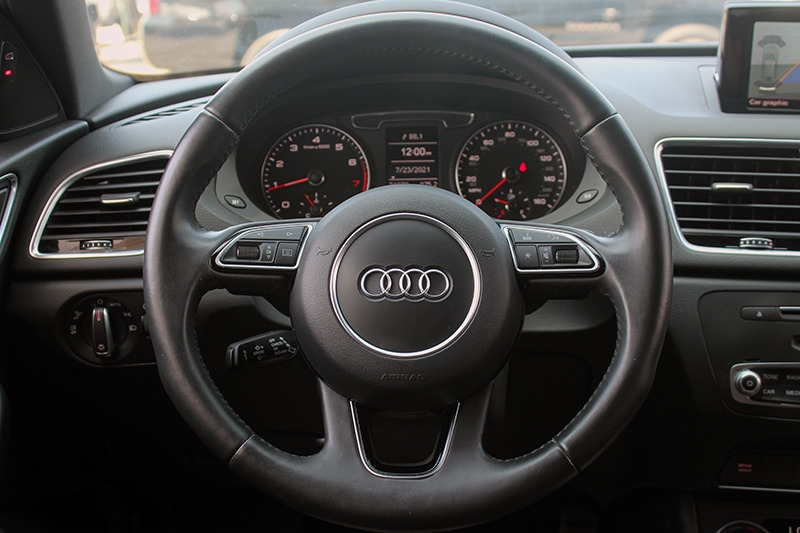 Audi Q3 2018 price call for price