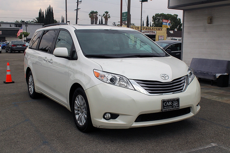 Toyota Sienna 2015 price call for price
