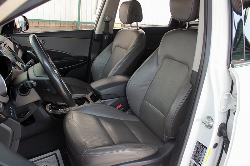 Hyundai Santa Fe 2015 price call for price