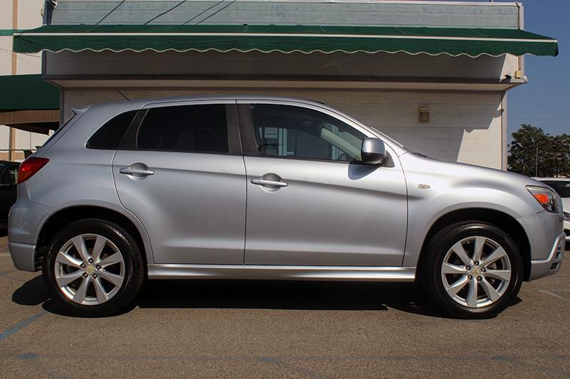 Mitsubishi Outlander Sport 2012 price call for price