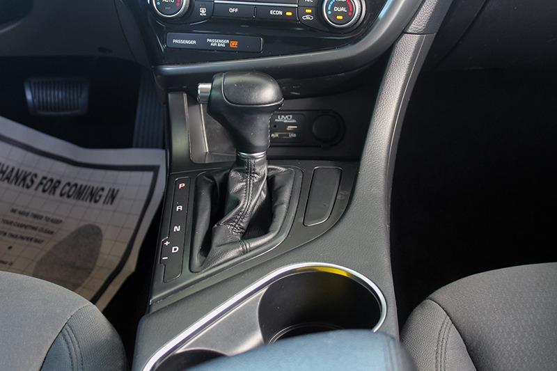 Kia Optima Hybrid 2016 price call for price
