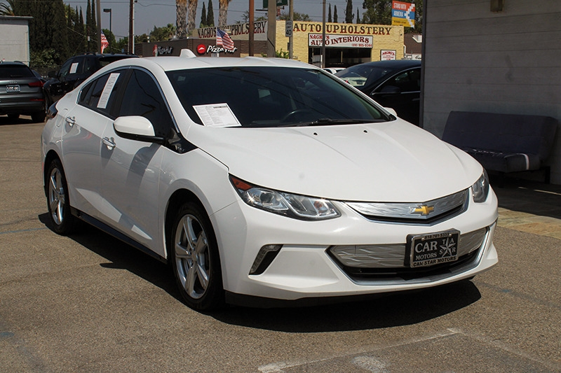 Chevrolet Volt 2017 price call for price