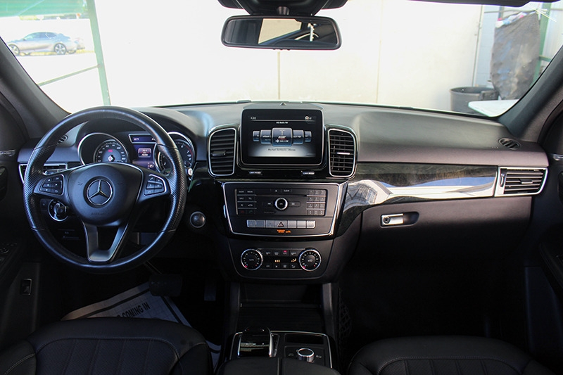 Mercedes-Benz GLE 2017 price call for price