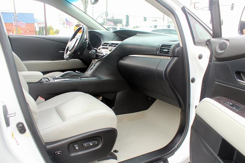 Lexus RX 350 2015 price call for price