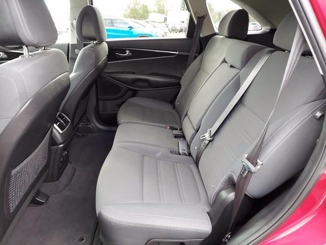 Kia Sorento 2016 price $17,200