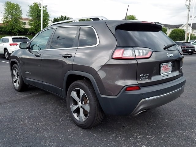 Jeep Cherokee 2019 price $29,900