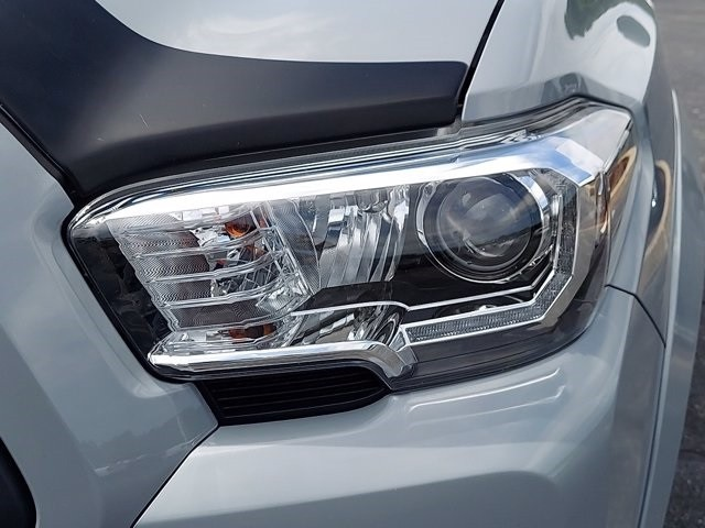 Toyota Tacoma 2019 price $41,400