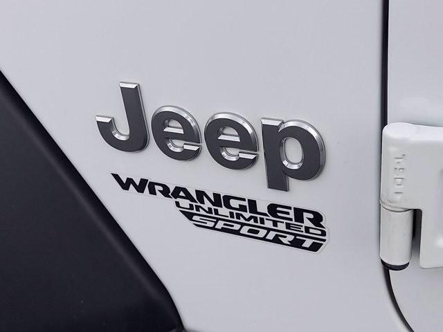 Jeep Wrangler 2018 price $40,300