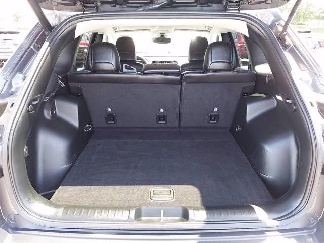 Jeep Cherokee 2019 price $32,700