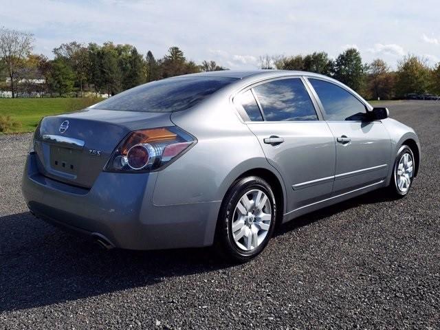 Nissan Altima 2009 price $10,000