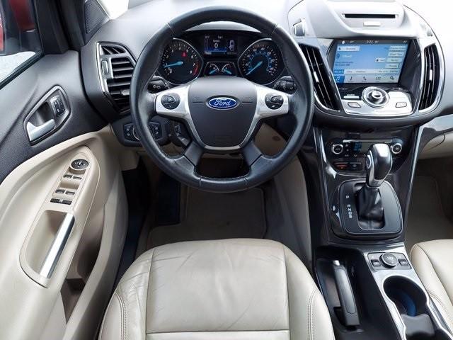 Ford Escape 2016 price $18,500