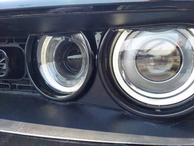 Dodge Challenger 2016 price $35,900