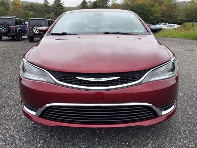 Chrysler 200 2016 price $16,700