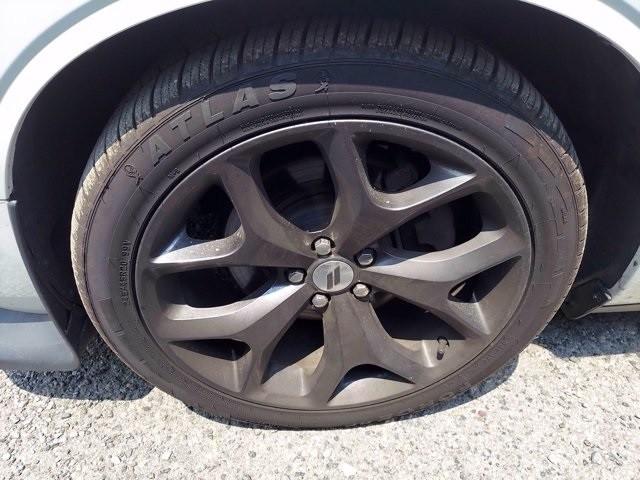 Dodge Challenger 2019 price $37,195