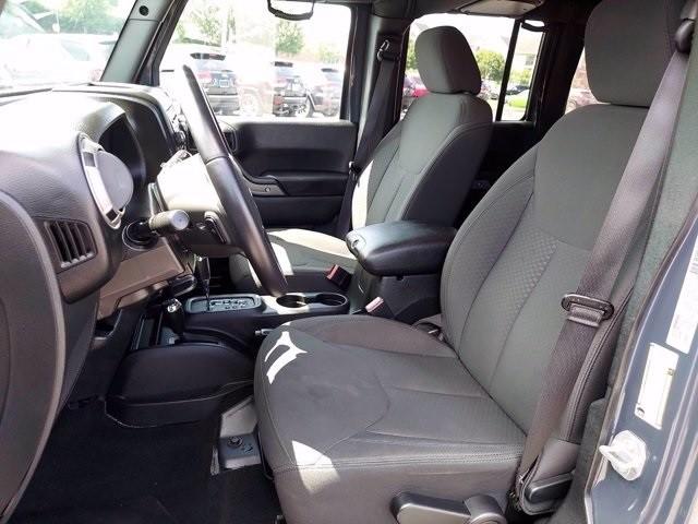 Jeep Wrangler 2016 price $35,700
