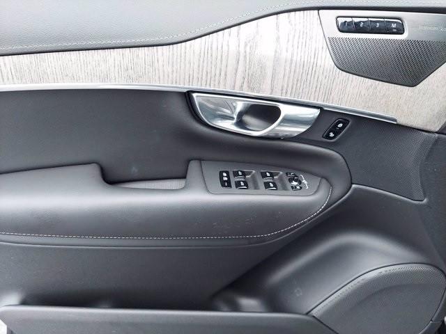 Volvo XC90 2021 price $69,900
