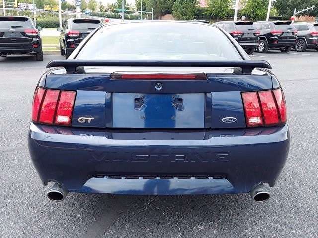 Ford Mustang 2002 price $15,100