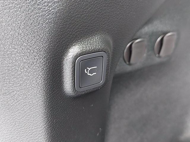 Jeep Cherokee 2019 price $29,700