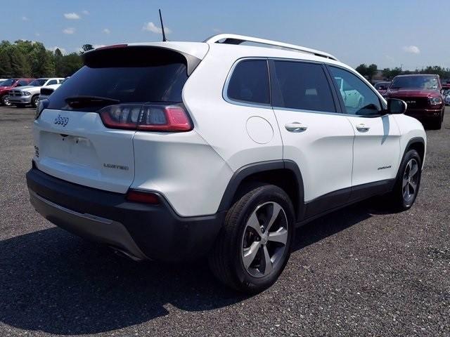 Jeep Cherokee 2019 price $27,000