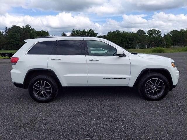 Jeep Grand Cherokee 2018 price $32,500