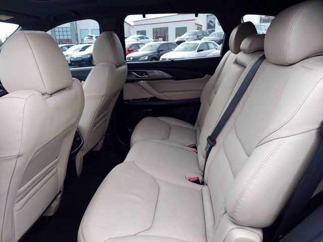 Mazda CX-9 2019 price $35,995
