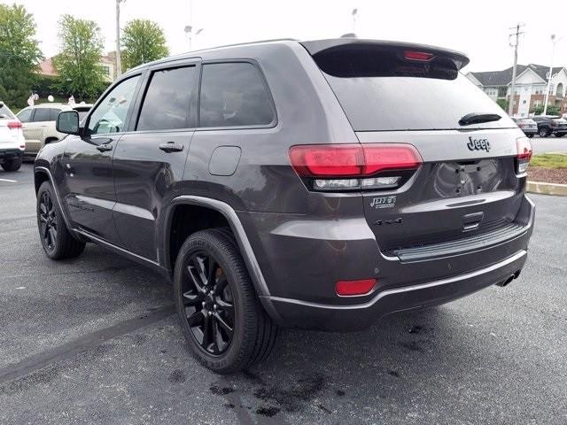 Jeep Grand Cherokee 2018 price $38,000