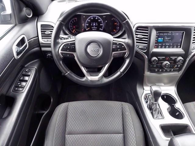 Jeep Grand Cherokee 2019 price $33,900