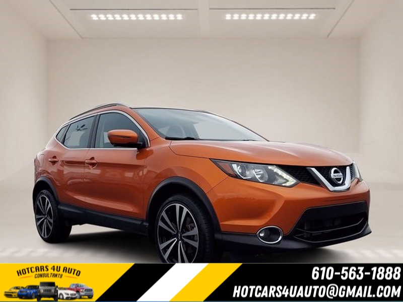 Nissan Rogue Sport 2017 price $24,500