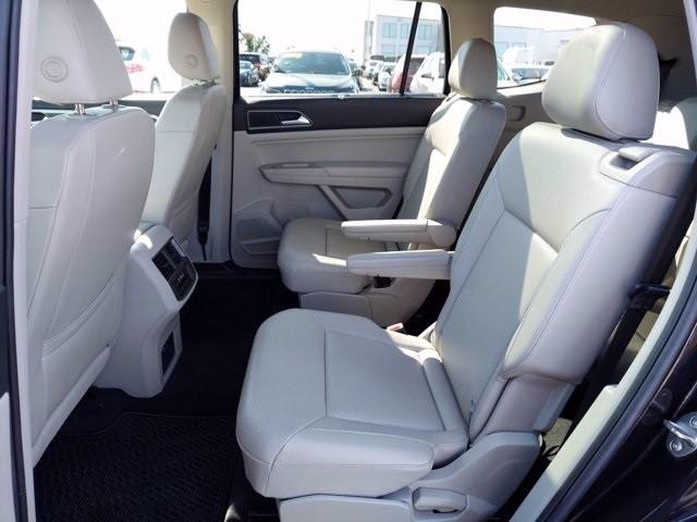 Volkswagen Atlas 2018 price $37,600