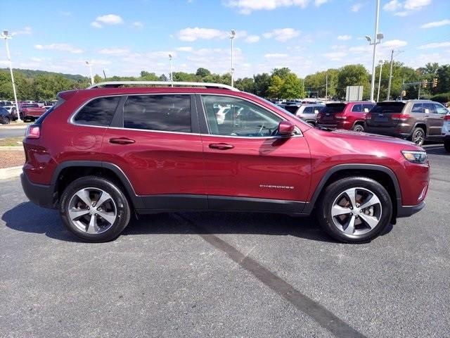 Jeep Cherokee 2019 price $31,900