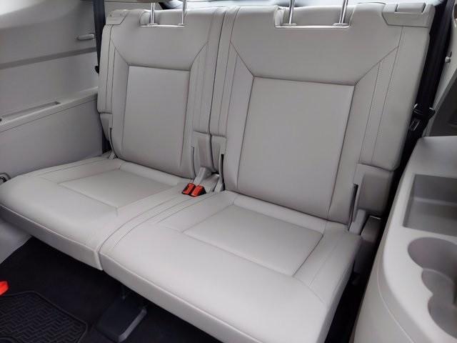 Volkswagen Atlas 2018 price $32,000