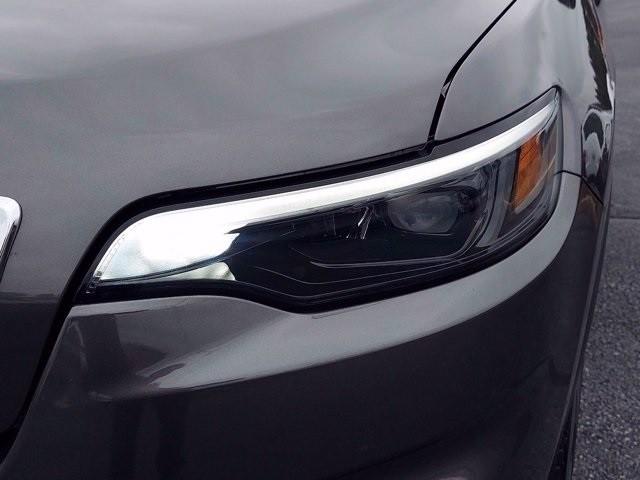 Jeep Cherokee 2019 price $28,595