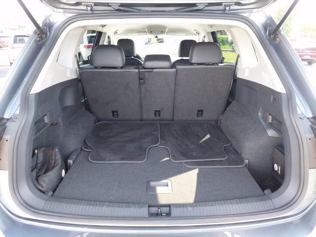 Volkswagen Tiguan 2019 price $28,400