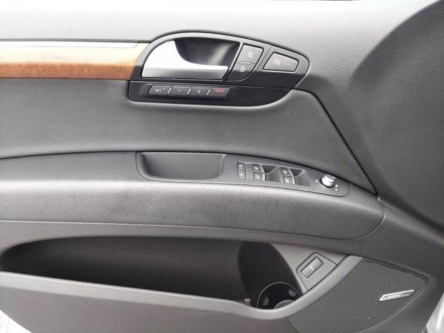 Audi Q7 2015 price $29,900