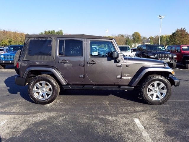 Jeep Wrangler 2016 price $33,995