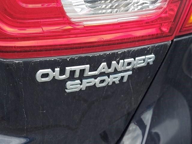 Mitsubishi Outlander Sport 2017 price $18,200